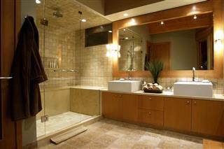 luxury resort hotel washroom