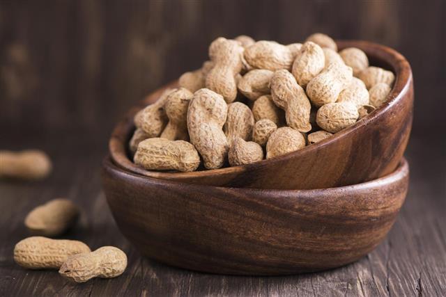 peanut pods