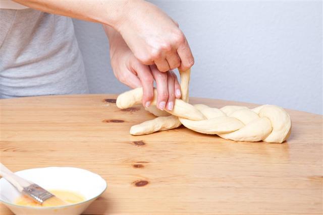 Braiding dough coils