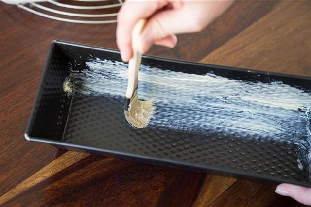 Greasing Baking pan