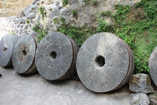 Millstone wheels