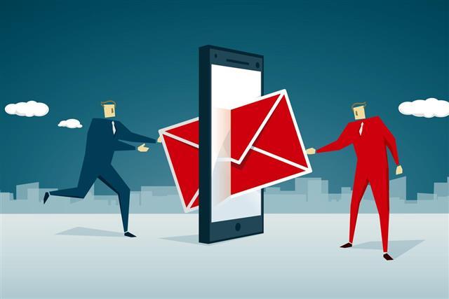sending mail concept