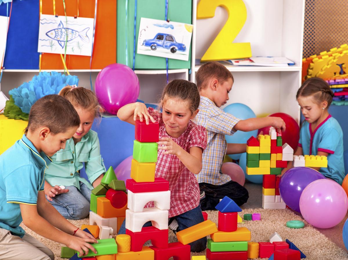 indoor team building activities for kids to enhance mind power. Black Bedroom Furniture Sets. Home Design Ideas