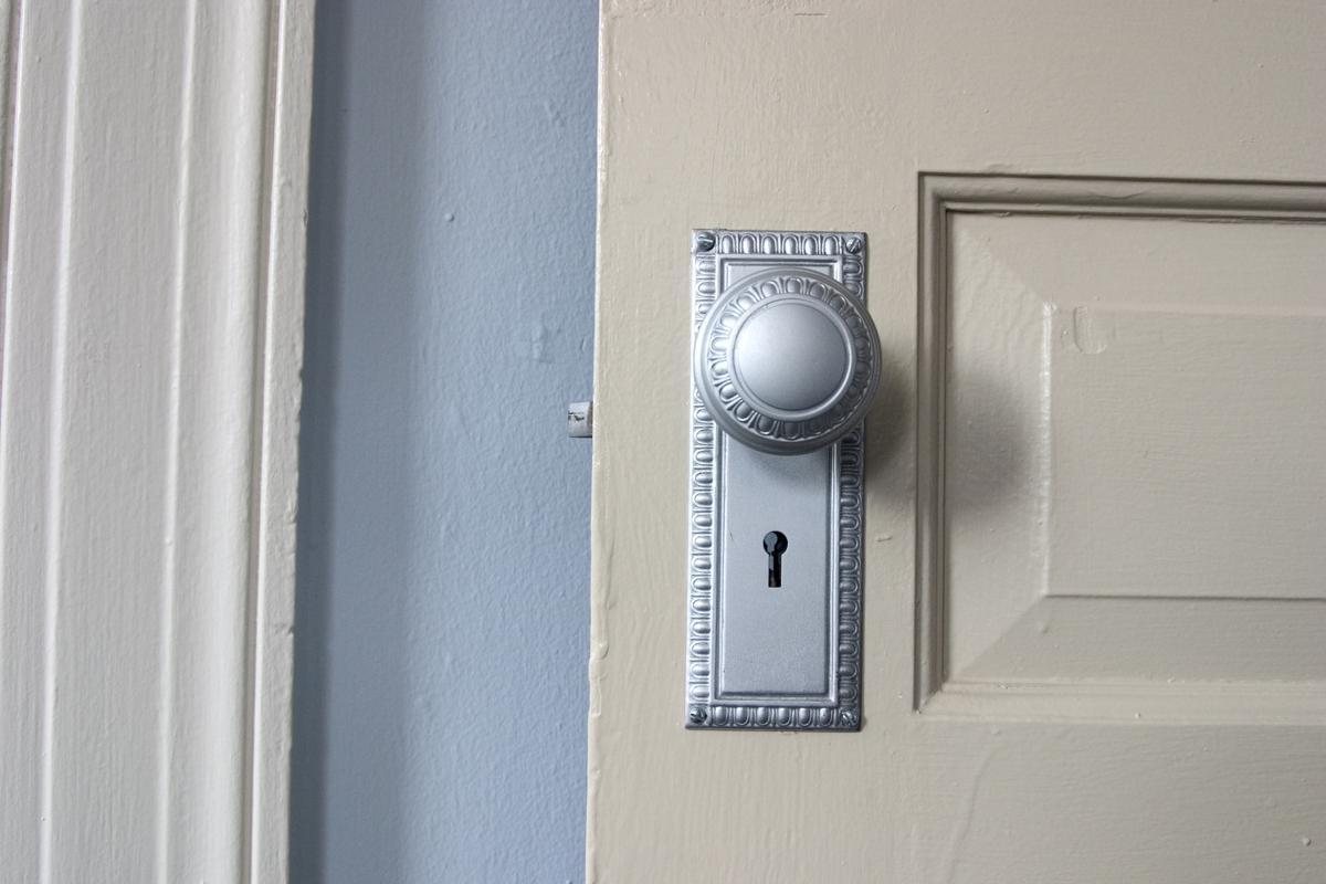 Antique Door Knob Identification