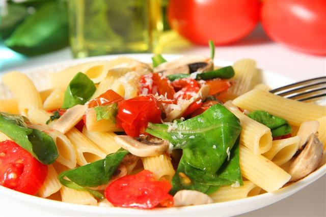Garlic veggie pasta