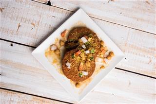Cutlet or fried potato or ragda patties / aloo tikki