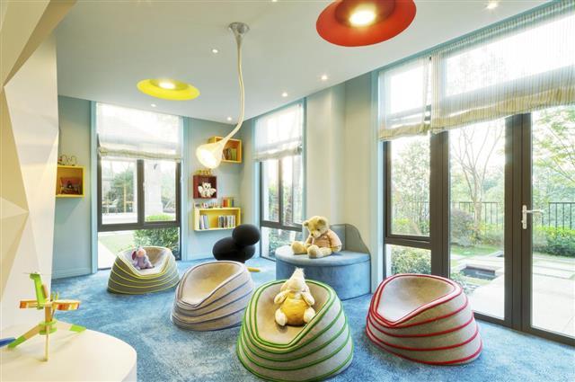 interior of kids room???