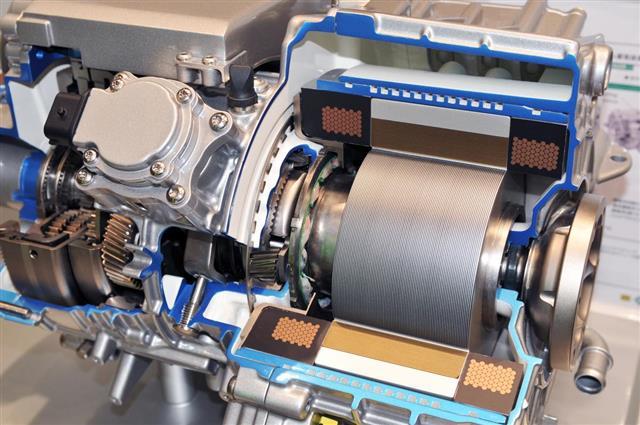 Hybrid vehicles of transmission