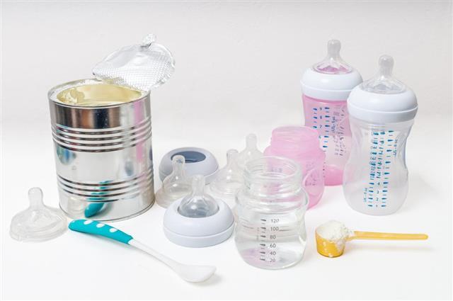 Feeding baby accessories