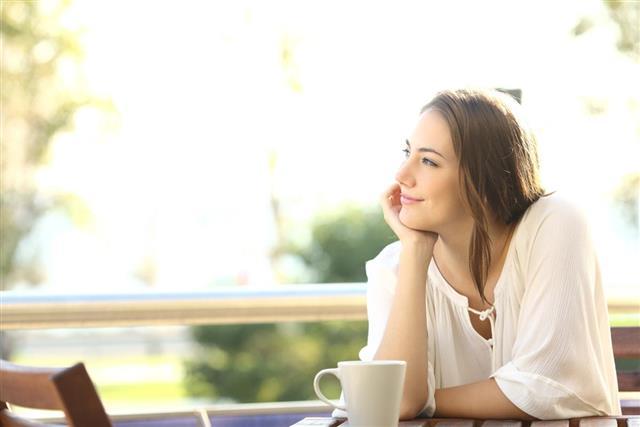 Woman Imagine in restaurant
