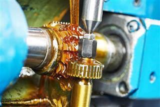 Lubricate gearwheel