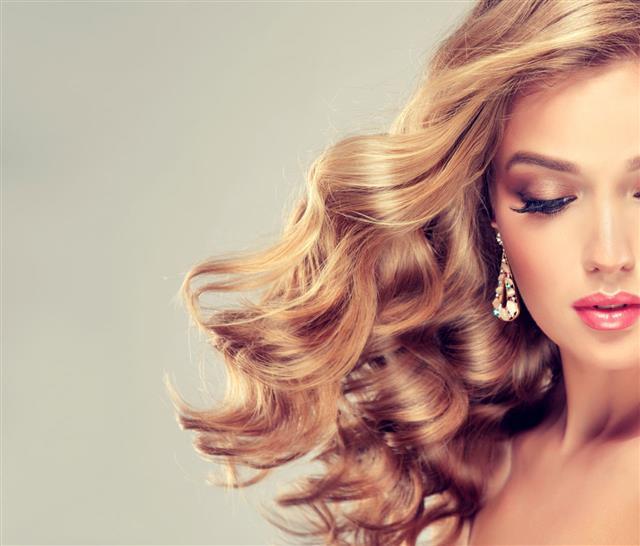Lady Wavy Hair