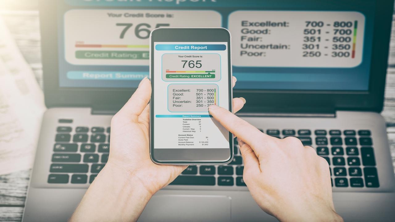 How Accurate are Credit Score Estimators?