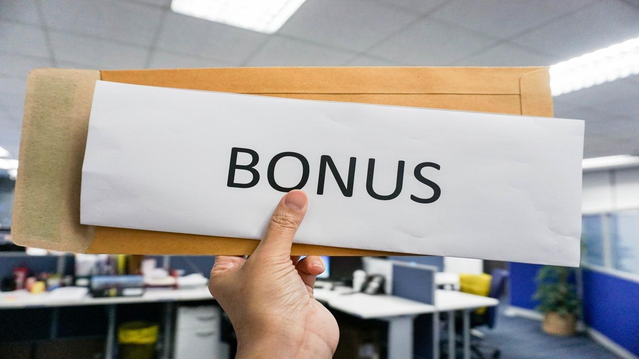 How are Bonuses Taxed