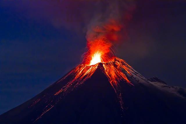 Long exposure, Tungurahua volcano with blue sky