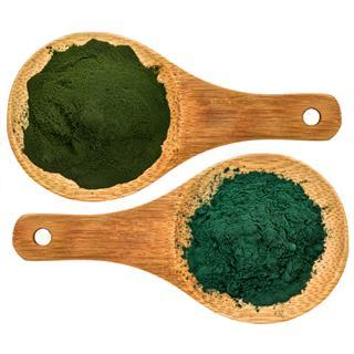 chlorella and spirulina and supplement powder
