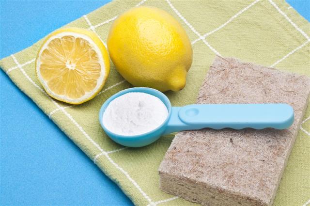 Baking powder and lemon