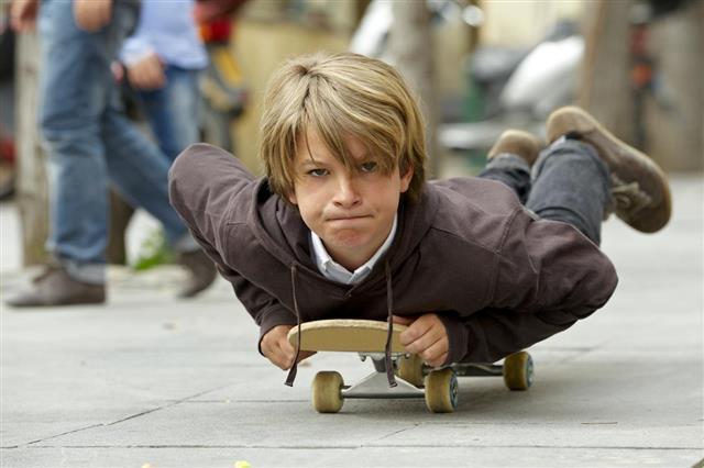 Skater balancing