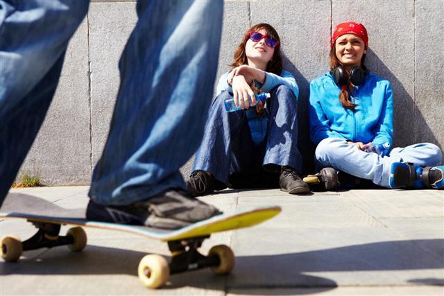 legs on skateboard