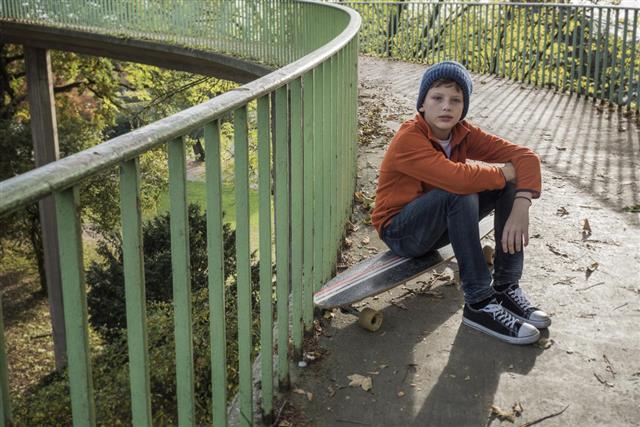 Resting on a skateboard