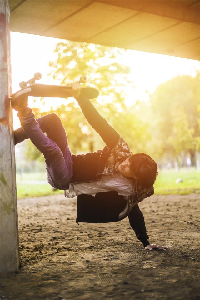 Skating stunt