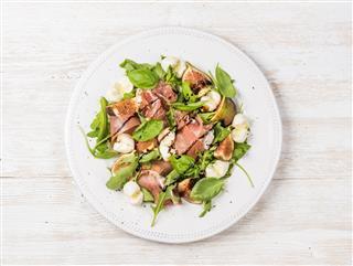 Prosciutto Arugula Basil Figs Salad