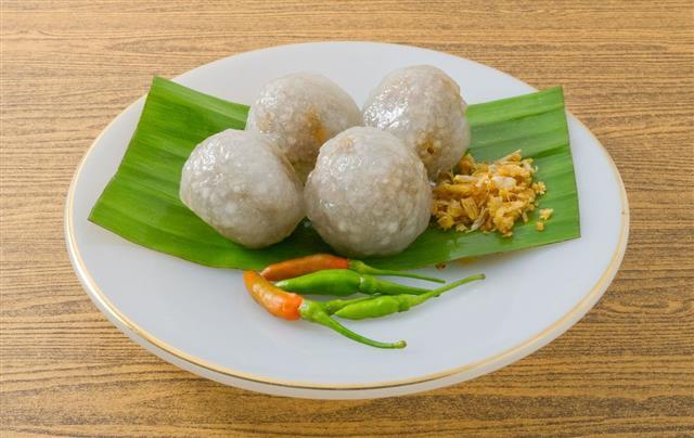 Tapioca Balls Filled With Minced Pork