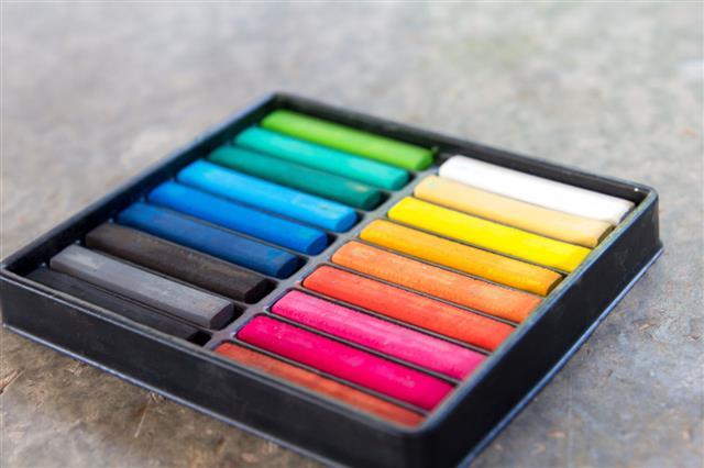 Colorful Chalk Stick On Black Tray