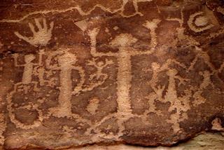 Ancestral Puebloans Petroglyphs Cave Paintings