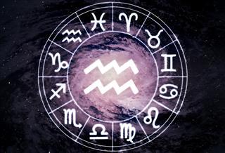 Aquarius horoscope circle