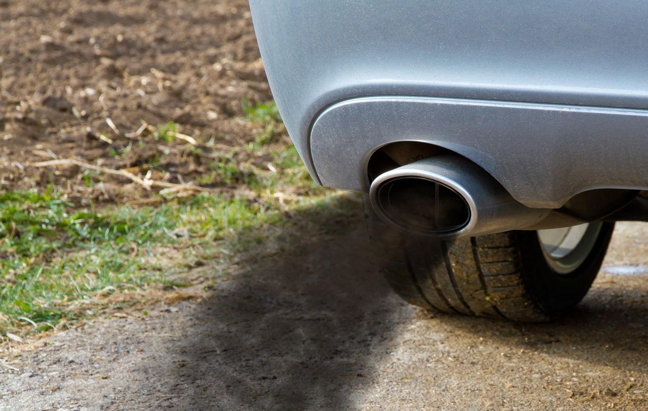 Symptoms of a Bad Fuel Pressure Regulator