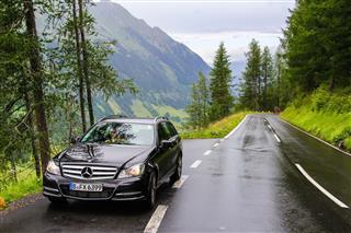 Mercedes Benz W204 C180