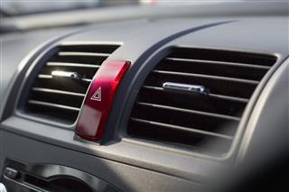 Dual Air Conditioner In Car