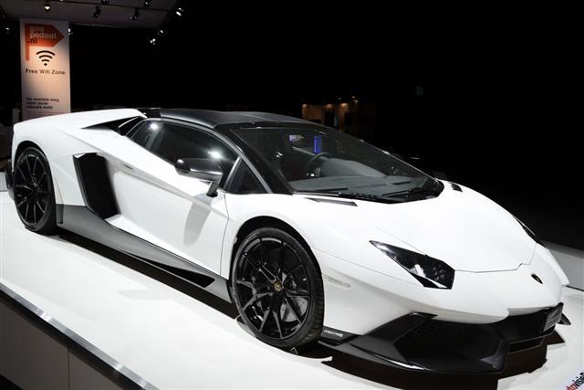 Lamborghini Aventador Sports Car