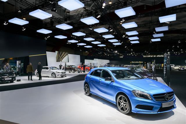 Mercedes Benz Stand