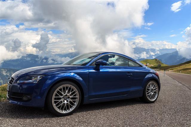 Blue Audi Tt