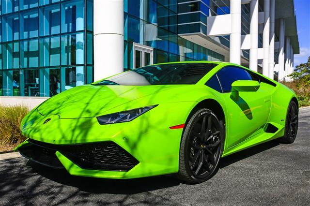 Bright Green Lamborghini Huracan