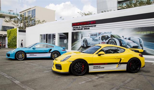 Porsche Cayman Gt4 Car