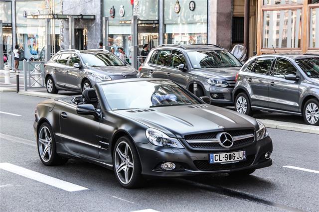 Mercedes Benz R230 Sl Class