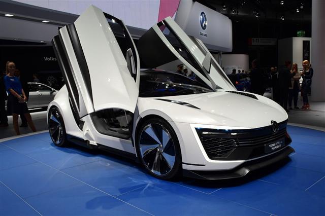 Volkswagen Golf Gte Sports Car