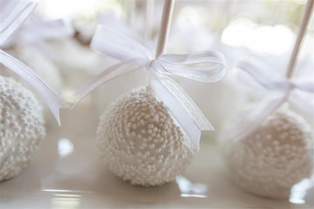 Party cake balls