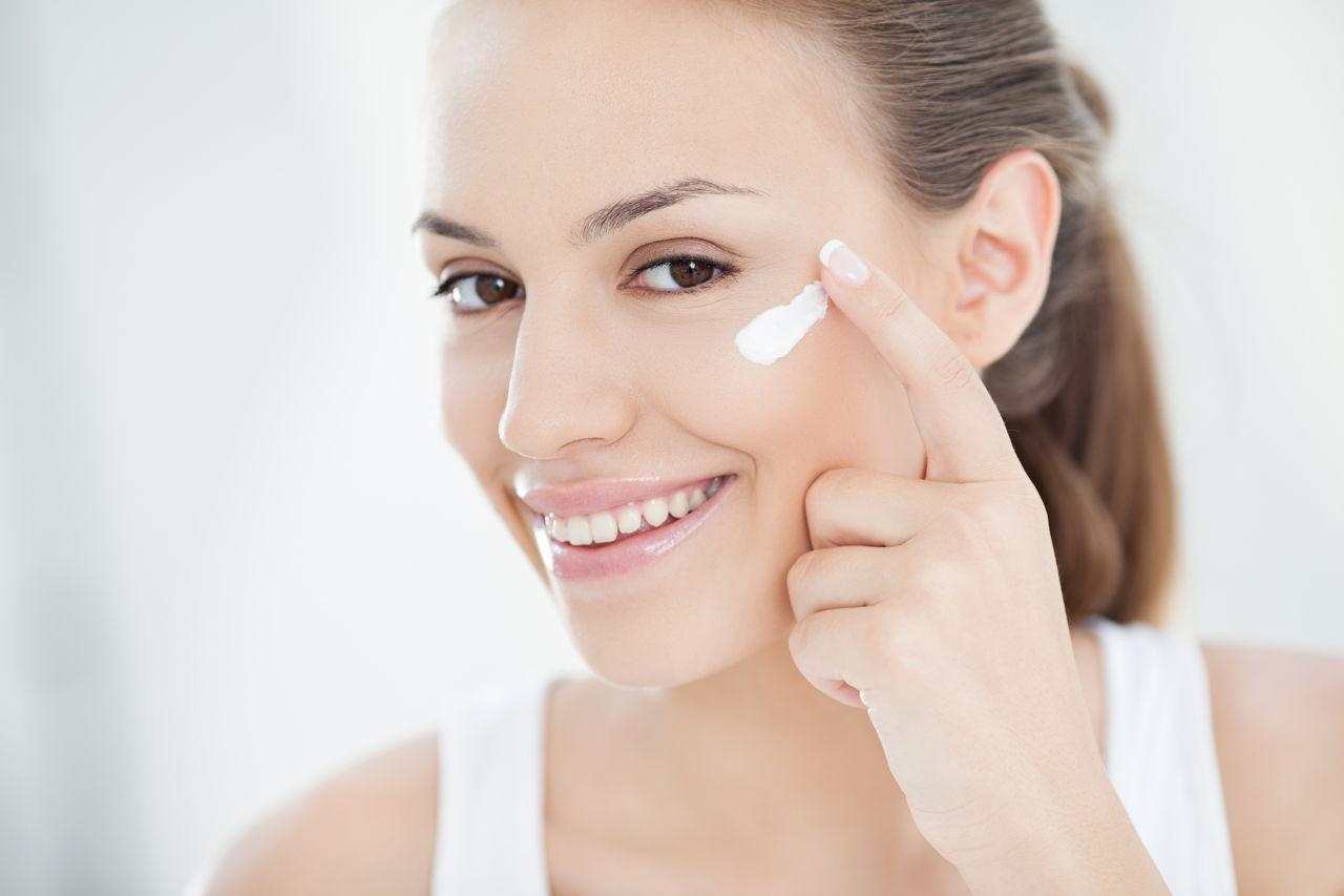 Eye Creams with Vitamin K and Retinol