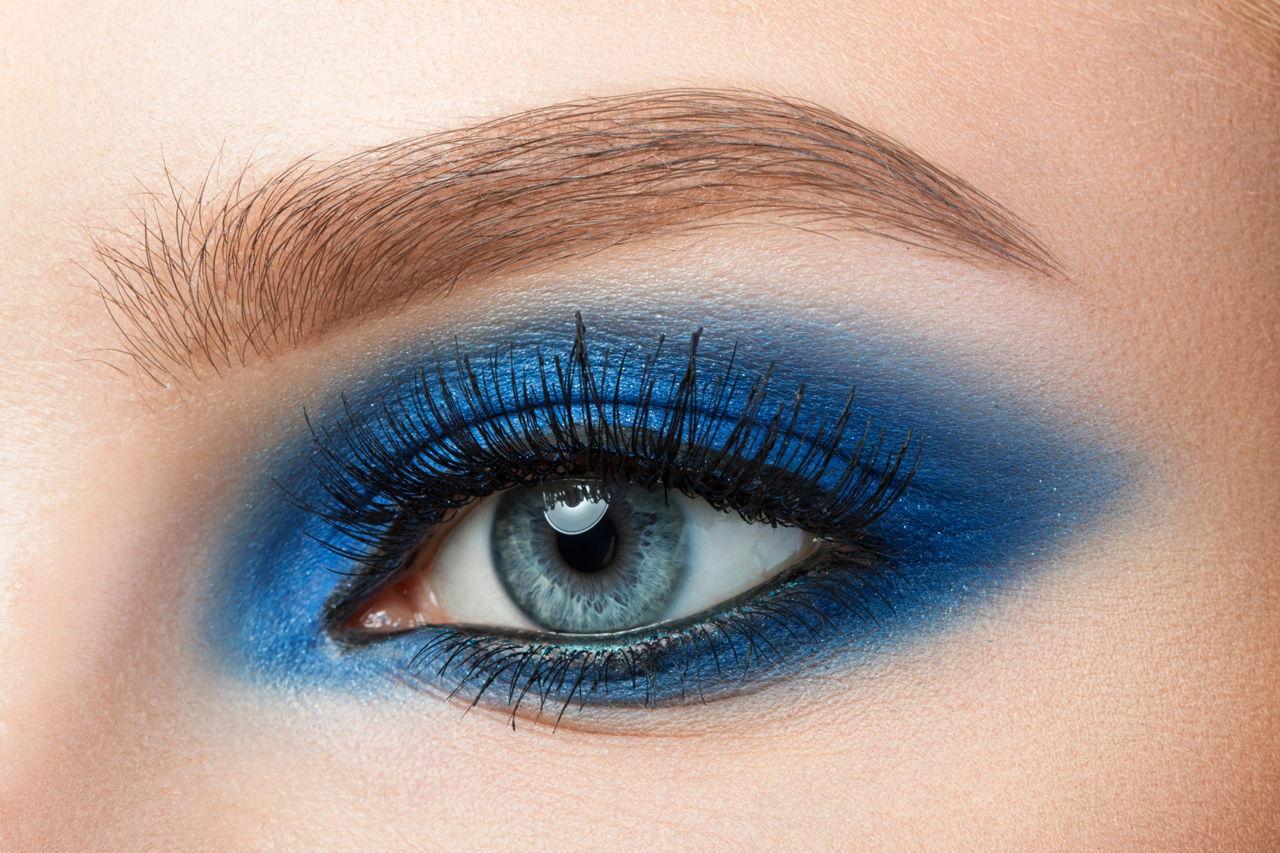 5 Smart Hacks To Choose The Right Eyeliner For Blue Eyes