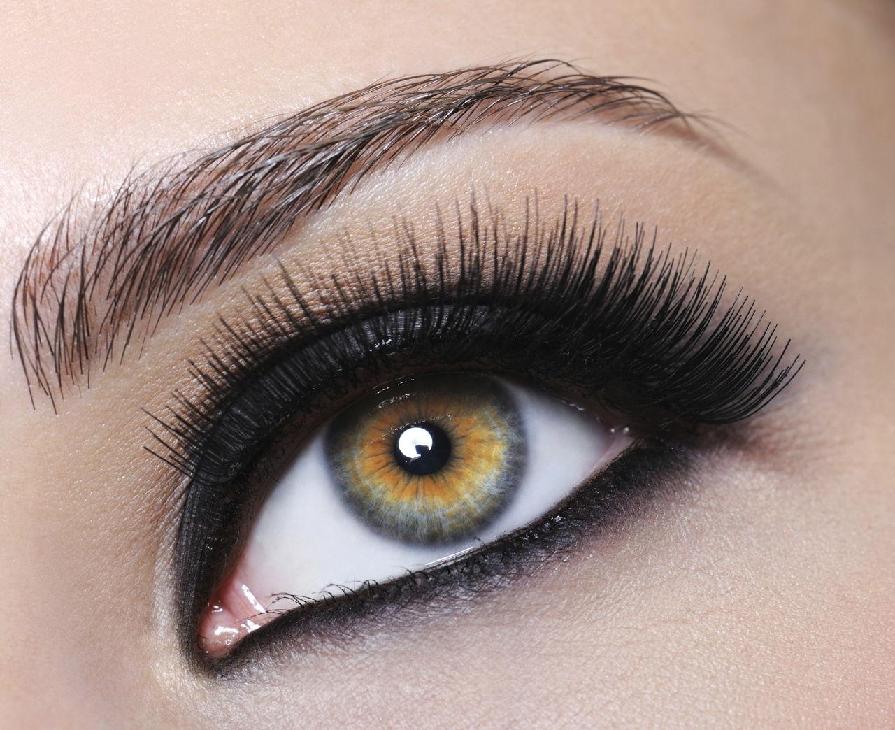 14 Remarkably Attractive Makeup Tips For Brunettes