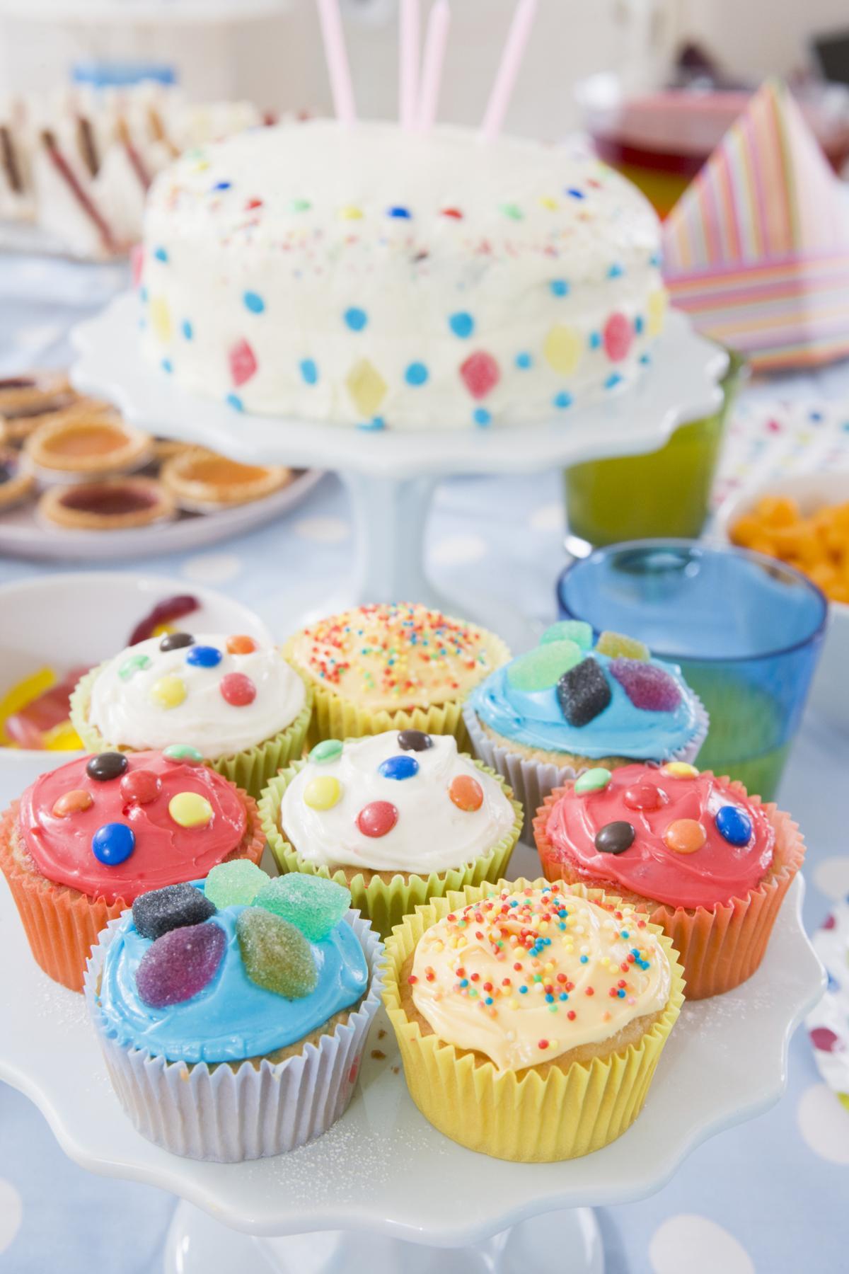 Glorify 9 Decades of Life With Splendid 90th Birthday Party Ideas
