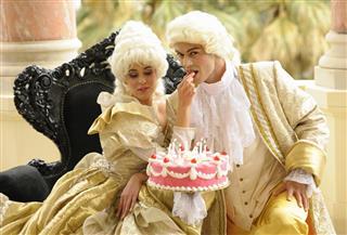 Happy Aristocratic Birthday with Tempting Cake