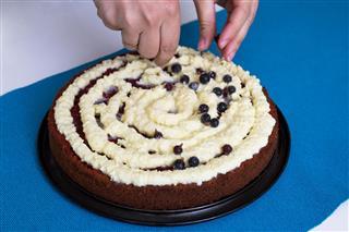 Decorating Red Velvet Cake