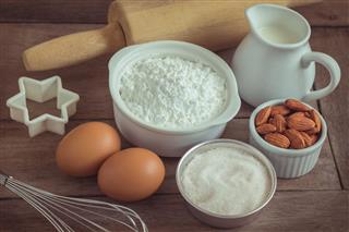 Flour Egg Milk Almonds Sugar