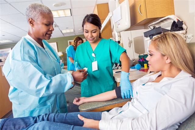 Nurse Teaching Nursing Student
