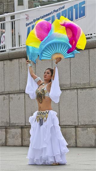 Dance Entertainment Festival Hama Koi